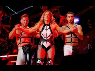 Jennifer Lopez Performs ''El Anillo'' & Receives Award (iHeartRadio Fiesta Latina 2019)