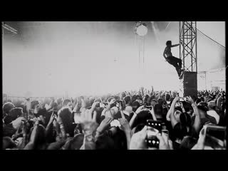 Fever 333 crowd surfing