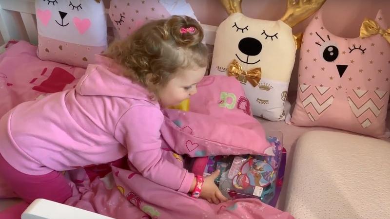 Barbie Dreamtopia Chelsea Doll and Magical Dreamboat - распаковка куклы Барби Дримтопия