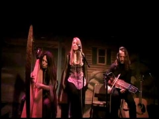 Aryeh Frankfurter, Lisa Lynne, Molly Pasutti perform Summer Star