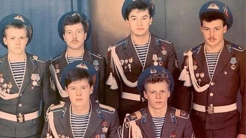 Дембельский Аккорд в Армии. Дембеля СССР (фото)