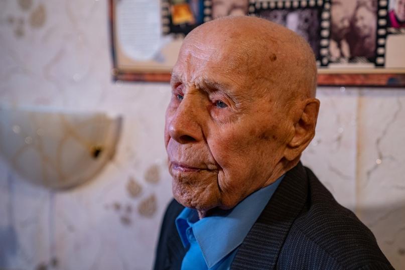 Медаль для старейшего ветерана, изображение №9