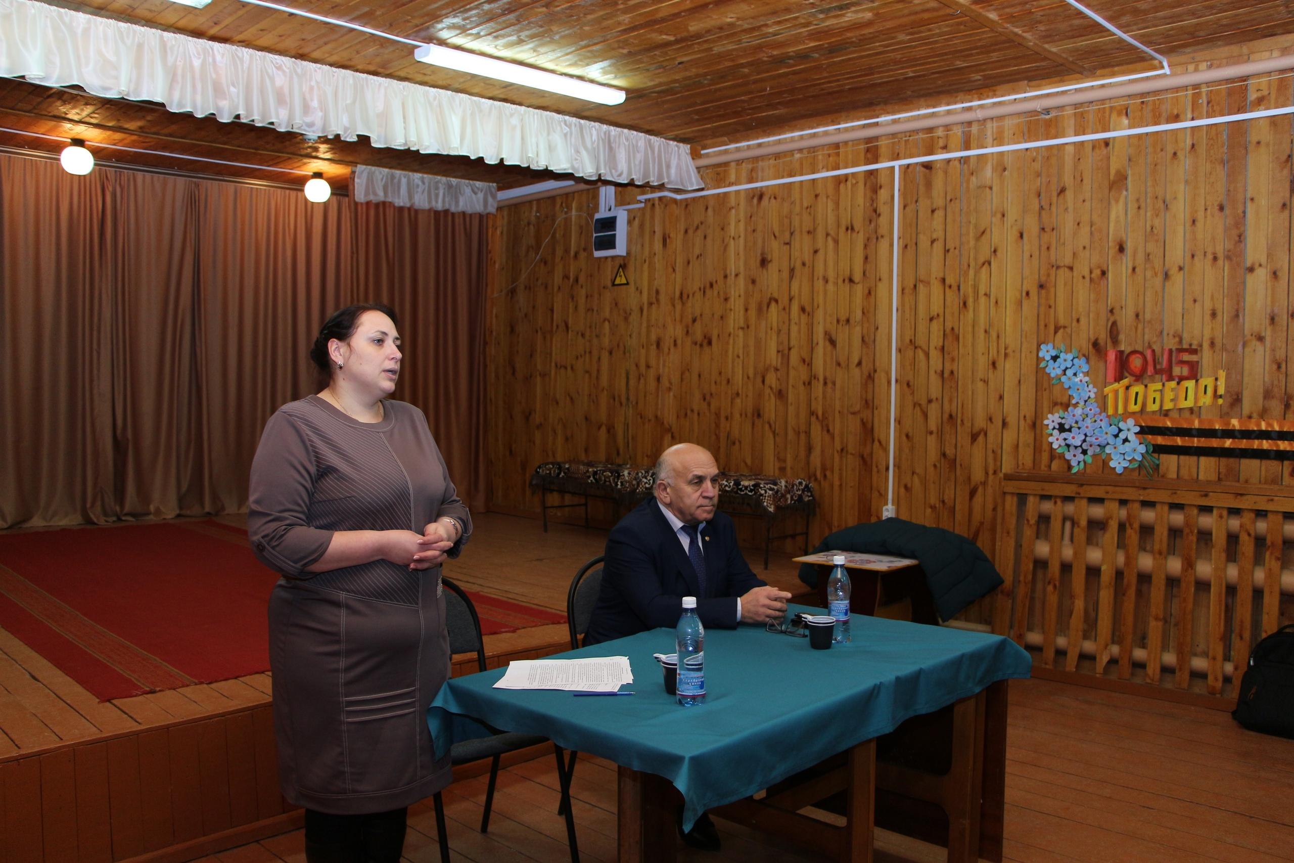 Николай Жилин провел встречу с населением села Глотово и Буткан