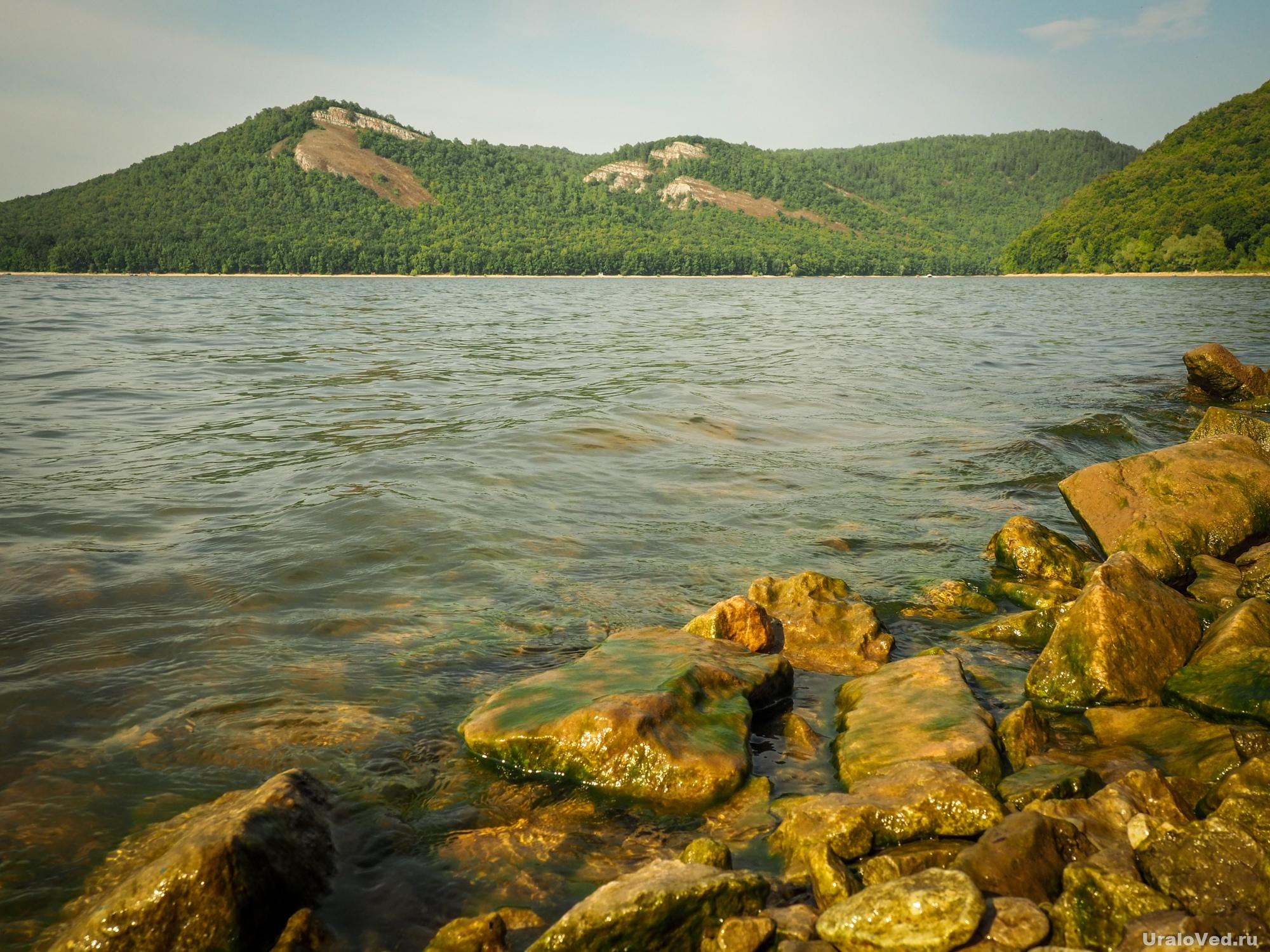 На берегу Нугушского водохранилища