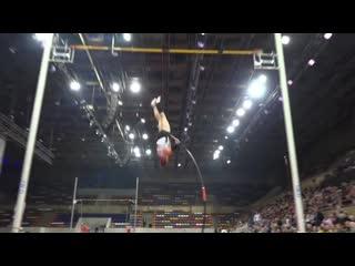 Матвей Волков на Всероссийском фестивале прыжков с шестом