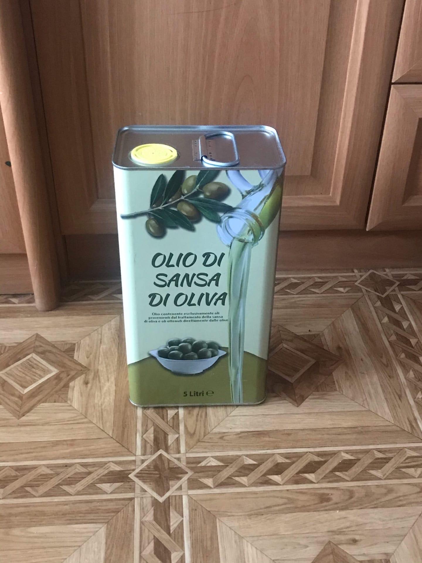 Продаю 5 литровую канистру оливкового Итальянского масла для жарки.
