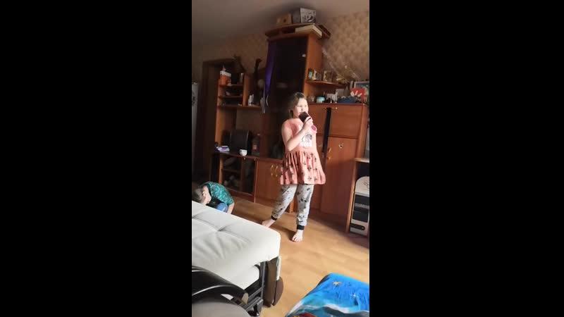 Video a040c66b79d1a769073a869a42a16d76