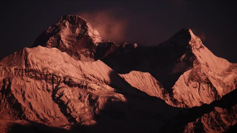 Рассвет в долине Нанда Деви
