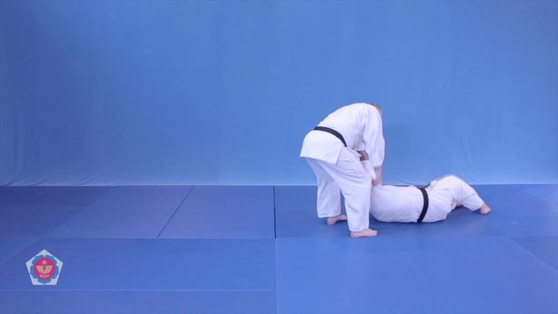 Okuri ashi barai(окури аши барай) Броски на кю 4(оранжевый пояс) дзюдо