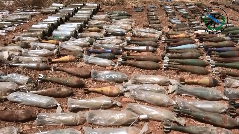 العثور على كميات من الأسلحة والذخائر من مخلفات الإرهابيين بريف إدلب