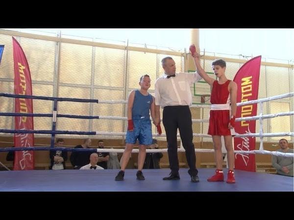 Памятный турнир по боксу прошел в Дрезне