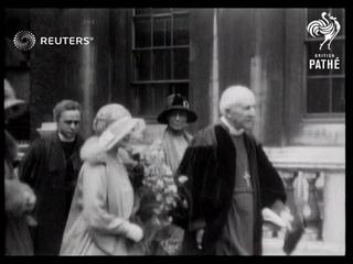 Duke of Duchess of York visit King's College (1929)