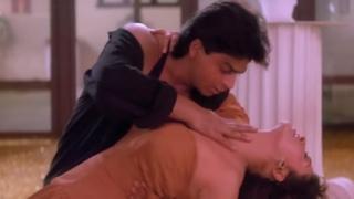 Raju Ban Gaya Gentleman - Kehti Hai Dil Ki Lagi   Shah Rukh Khan   Juhi Chawla