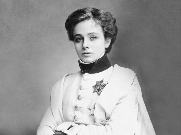 АКТРИСА, ПРЕДПОЧИТАВШАЯ МУЖСКИЕ РОЛИ Мод Адамс стала настоящей сенсацией XX века, прославившись благодаря мужским ролям в бродвейских постановках.Судьба одной из самых знаменитых театральных