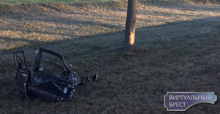 Очевидец ДТП, в котором водитель чудом выжил, показал фото сразу после происшествия