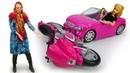 Барби и Баба Маня - видео про игры в куклы. Кукла Барби в пробке и поссорилась с мотоциклистом!