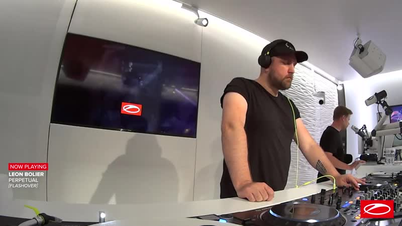 Leon Bolier A State Of Trance Episode 978 Guest Mix
