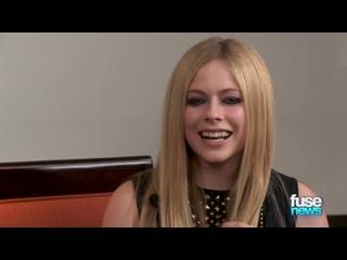 Avril Lavigne - Fuse News Interview  ()