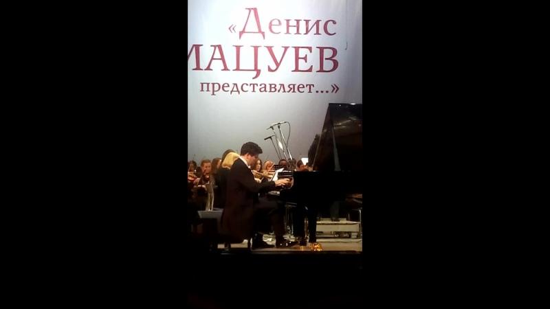 Денис Мацуев исполняет Голубую рапсодию в стиле блюз Дж Гершвина