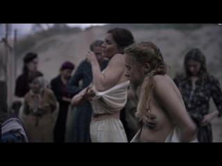 Bel Powley, Lisa Loven Kongsli - Ashes in the Snow 1080p. Эротика. Голые актрисы. Порнушка. Эротические сцены. Сиськи. Топлес