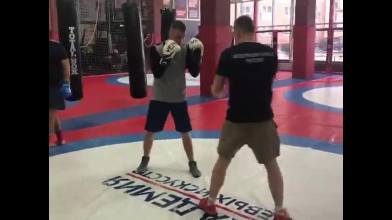 БОКС Абсолютно каждый человек знает что такое Бокс 🥊 Но мало кто рассматривает бокс как одну из лучших кардио тренировок Ст