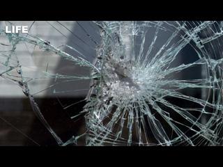 Пьяный хозяин гостиницы разбил такси лопатой на Кузбассе