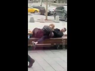 зрелые Неопытная голодная девочка добралась до члена (домашнее порно,анал,минет, любительское,секс,пьяная,студентка,выебал)