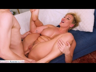 Парень трахнул зрелую маму друга, milf mom sex fat mature thick porn tit ass boob woman girl boy toy HD film cum (Hot&Horny)