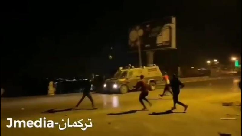 Столкновения палестинцев и оккупационного конвоя в Сурде близ Рамаллы