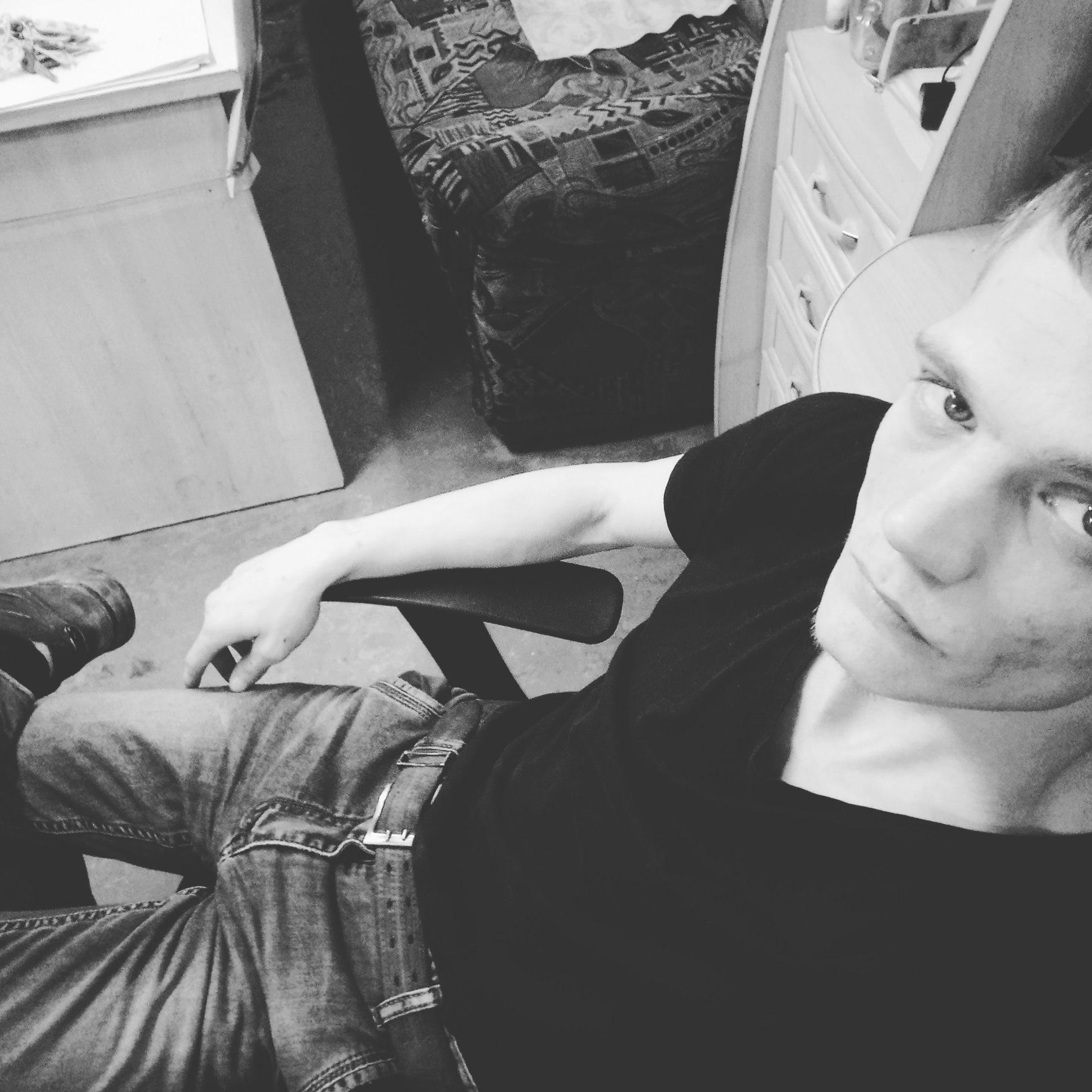 Илья, 27, Saratov