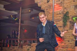 Ночной клуб филин тимашевск пьяные девушки в ночных клубов