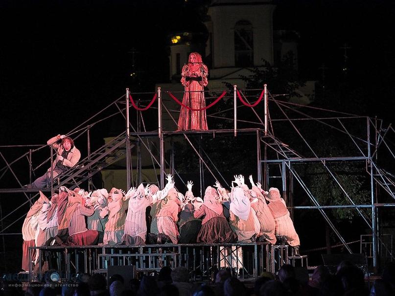 Стали известны подробности о спектакле «Евгений Онегин» П.И. Чайковского, которы...