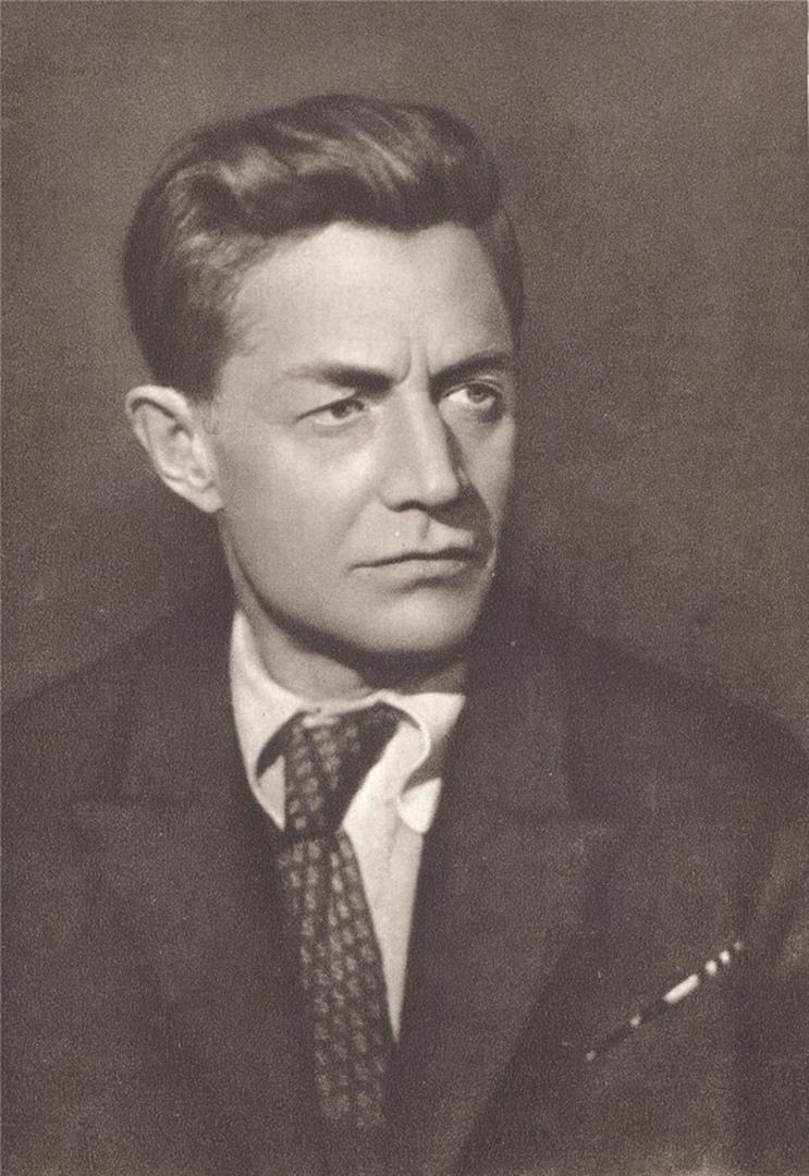 13 октября родился АЛЕКСЕЙ СУРКОВ – русский советский поэт и литературный критик...