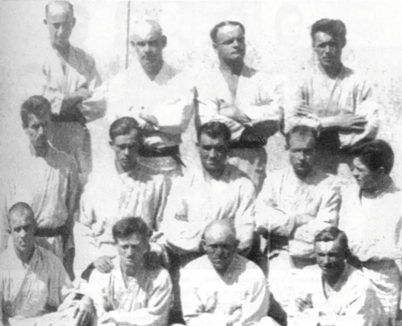 84-е года назад в Бутырской тюрьме в г.Москве умер основатель борьбы дзюдо в Сов...