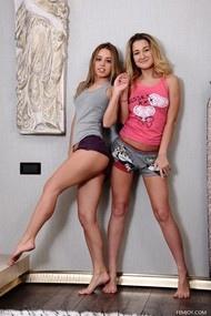 Renata K & Thalie S