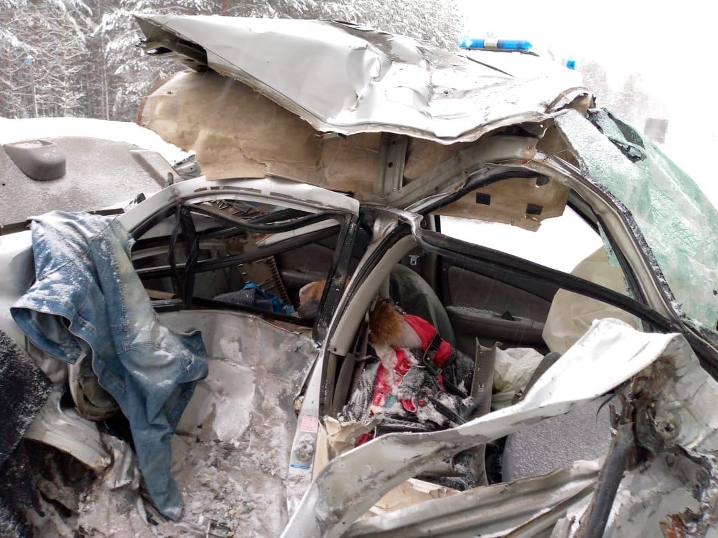 В Волжском районе в результате ДТП погибла девушка-водитель (18+)