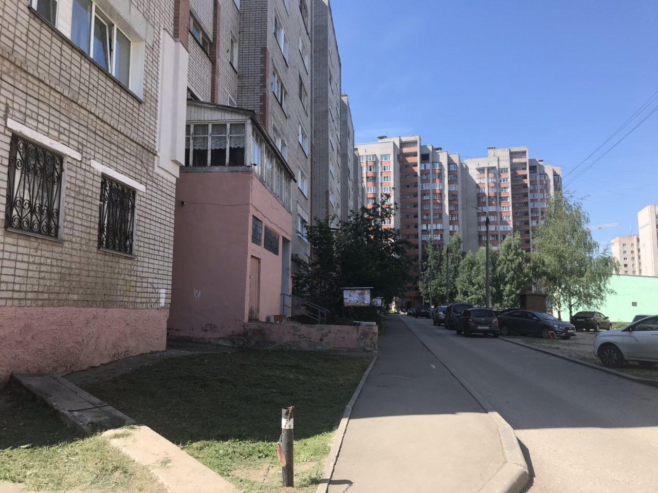 Улица Кольцова дом 13 и улица Упита