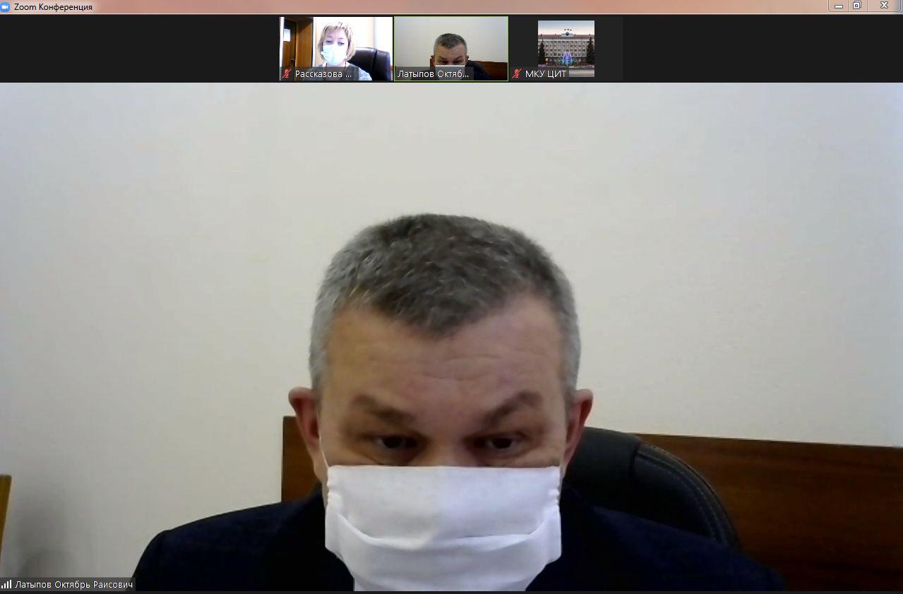 Запись на вакцинирование от Covid открыта в Октябрьском