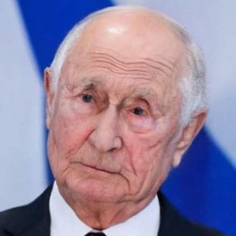 «Владимир Путин будет стареть, а сменщика у него не появится» (Важные истории)