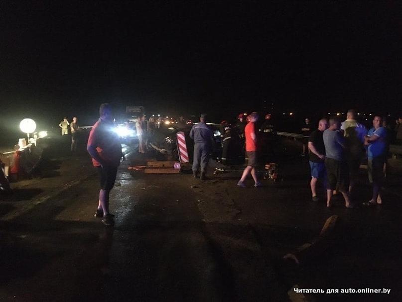 Водитель на ремонтируемом мосту столкнулся со встречной машиной. Погиб ребенок,...