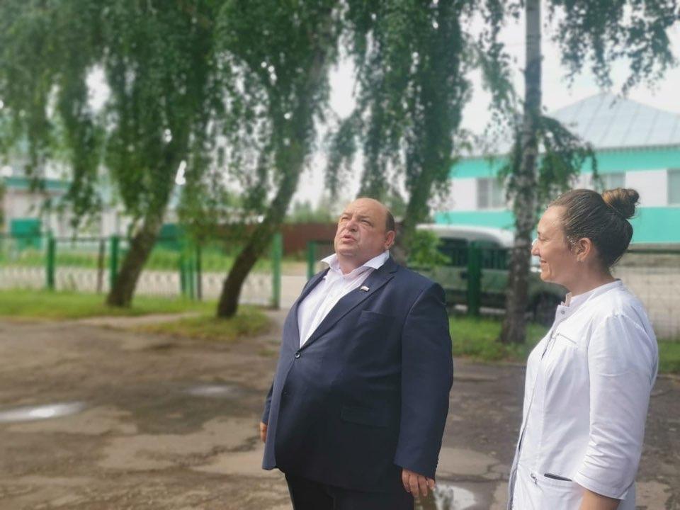 Вчера Петровск посетил министр здравоохранения Саратовской области Олег Костин