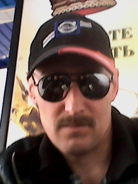 Олег, 44, Чебоксары, Чувашская, Россия