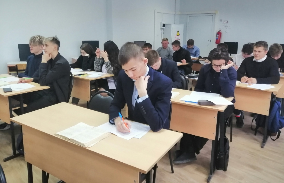 Первокурсникам Петровского политеха помогут адаптироваться к условиям обучения