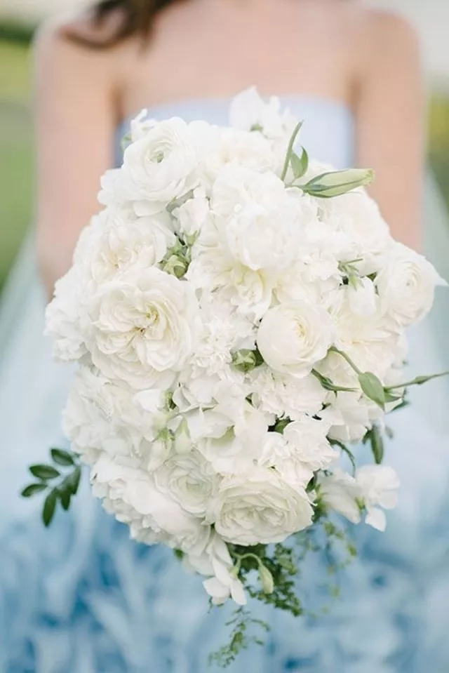 EJQ0NLC h0Y - Свадебные букеты с гвоздиками - фото