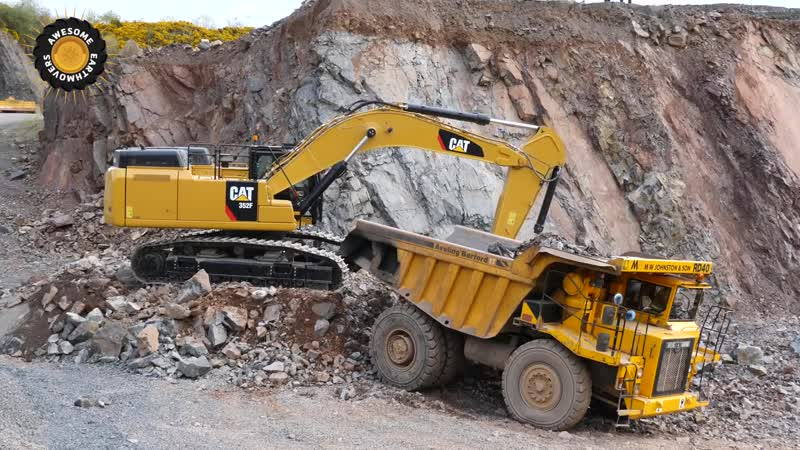 New Cat 352F excavator working in a quarry