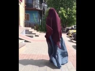 hijab_video_foto_video_1524919014861.mp4