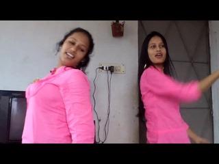 Nagini Hot Bangladeshi College Girls Room Dance - Desi Jawani Village Aunty Bhabi Wedding Dance 2020