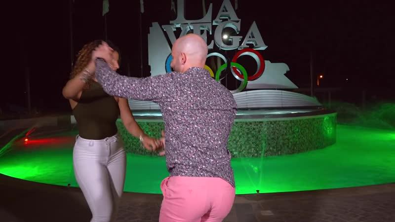Ataca X Alemana Bachata Dance [ Cupido Está Solo - Grupo Extra Touch]