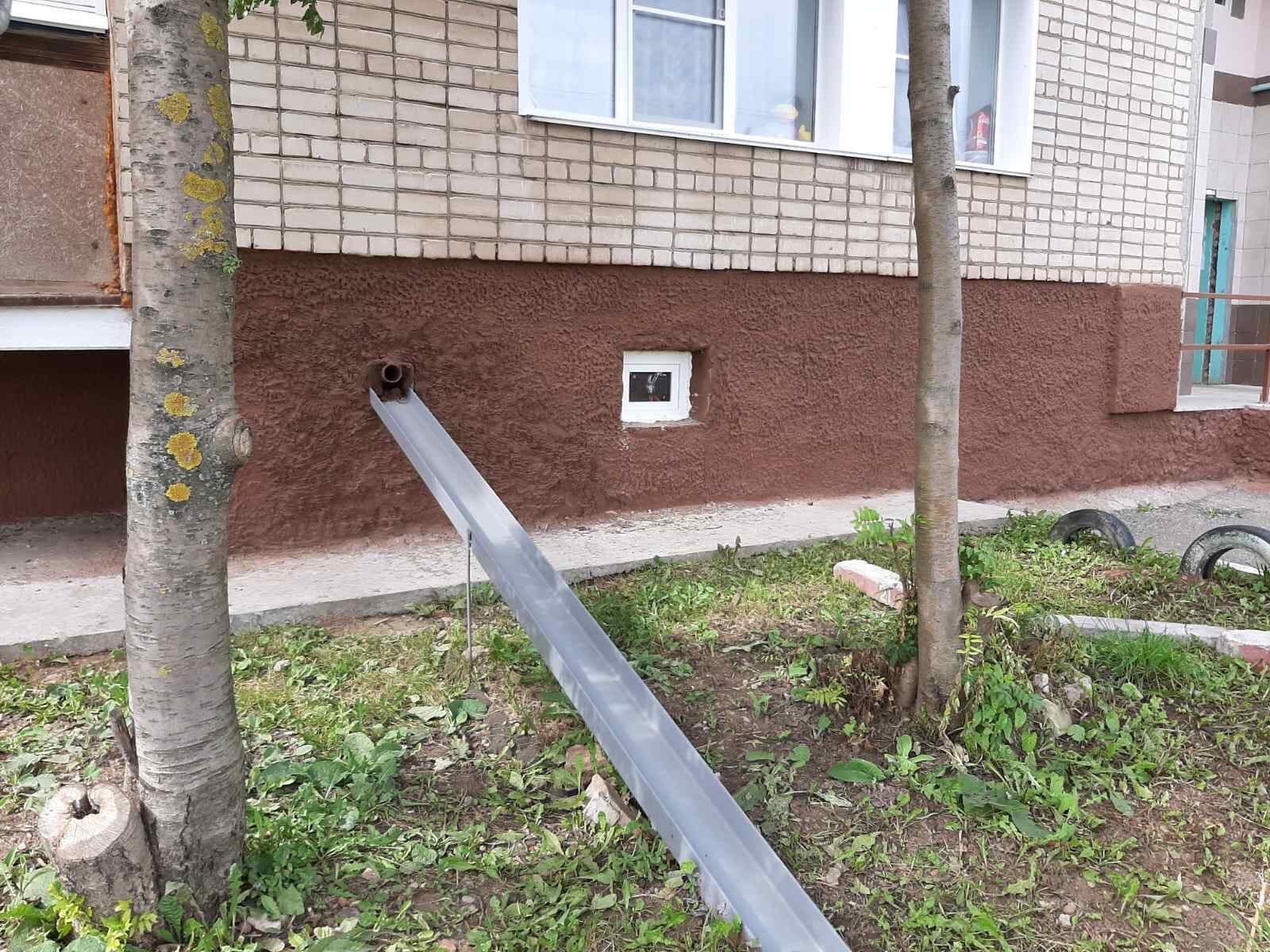 Улица Романа Ердякова дом 16 Установка пластиковых
