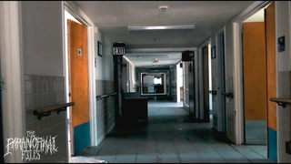 Abandoned Nursing Home in Texas IS NOT Empty